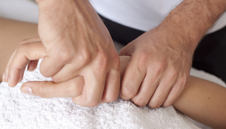 myofacial-therapy-sportreat-services-hand-therapy