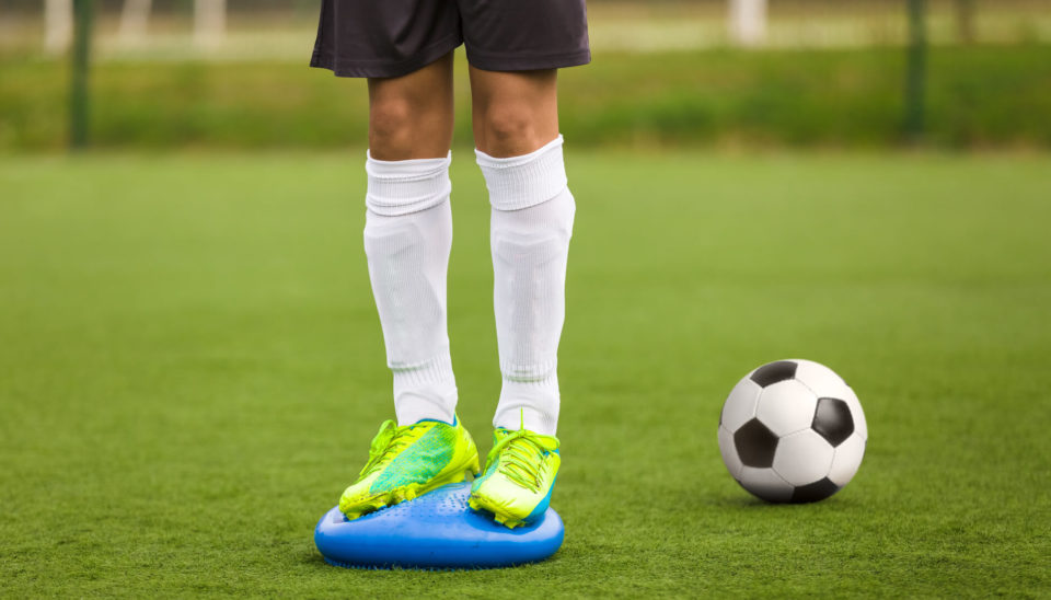 stability-soccer-training-on-balance-cushion-sportreat-services-sports-physiotherapy